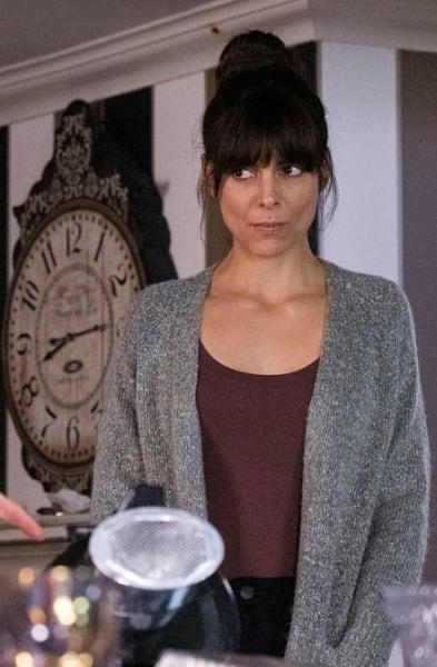 Alarm Bells - SurrealEstate Season 1 Episode 8