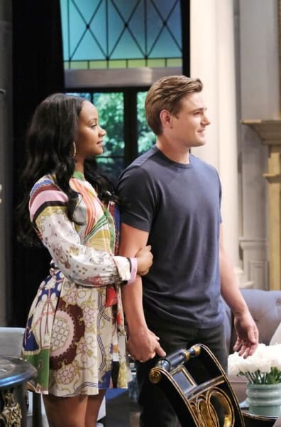 Allie Loses Her Cool / Tall - Days of Our Lives