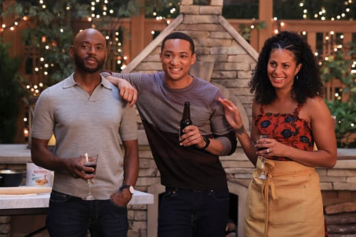 The New Howard Family - A Million Little Things Season 4 Episode 1