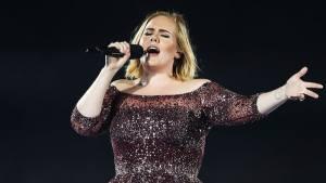 Adele AW0710 1