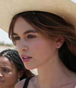 kaia gerber on death valley american horror story s10e7 1