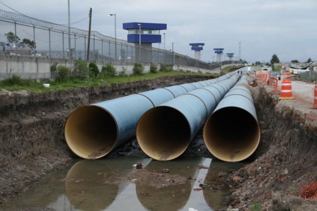 Aspectos de la construcción del Sistema de aguas Cutzamala, en las inmediaciones del penal de maxima seguridad Altiplano. FOTO: Isabel Mateos / Cuartoscuro