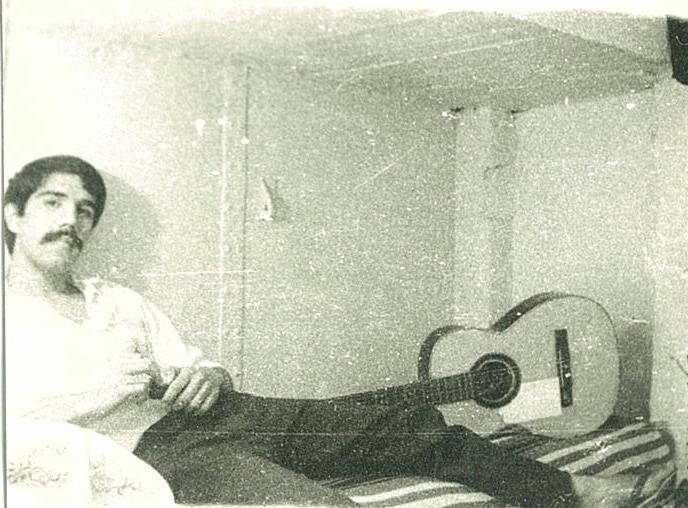 Luis González de Alba en la cárcel de Lecumberri. Foto: Especial