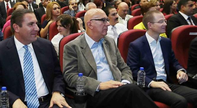 Rafael Moreno Valle, Dante Delgado y Ricardo Anaya, en un evento en Puebla. Foto: Especial