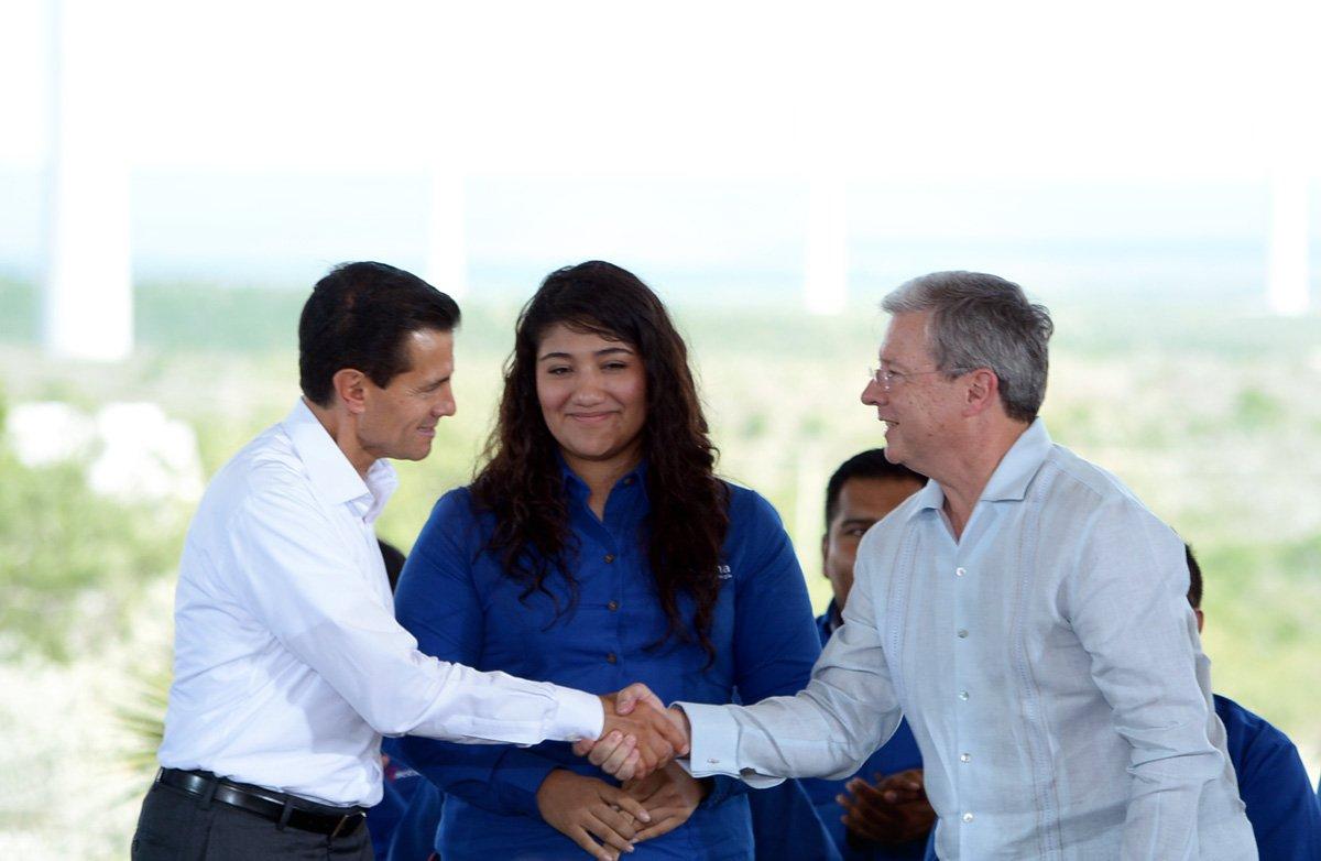 Enrique Peña Nieto y Rogelio Zambrano.