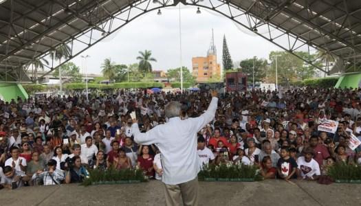 AMLO celebra que José Manuel Mireles haya sido liberado