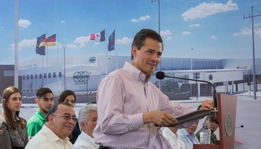 Peña Nieto lanza a la PGR contra quienes lo acusan de espionaje