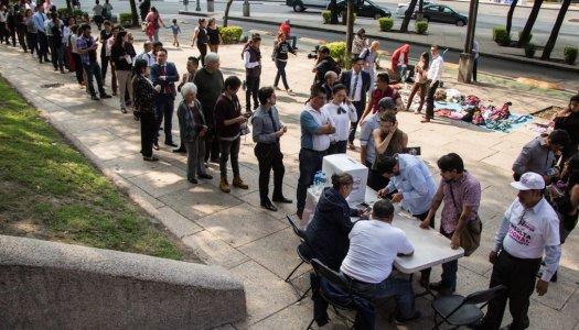 Ridiculizaron la #ConsultaNAIM pero la gente los ignoró y salió a votar