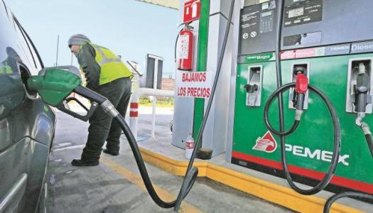 Gobierno de AMLO obligará a gasolineros a facturar cada venta