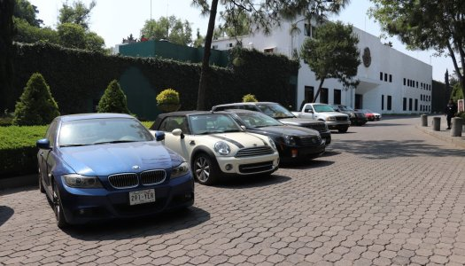 Subastarán autos de lujo en Los Pinos; el dinero recaudado, a los municipios más pobres de México
