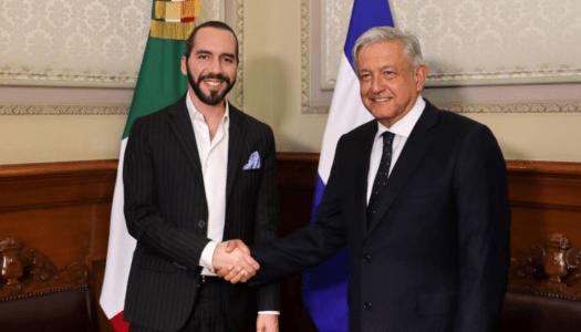 """Presidente de El Salvador reconoce que ha """"aprendido mucho"""" de AMLO"""