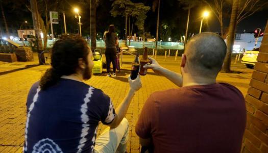 Colombia despenaliza consumo de drogas y de alcohol en la calle