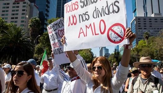 La enana oposición y su odio contra AMLO