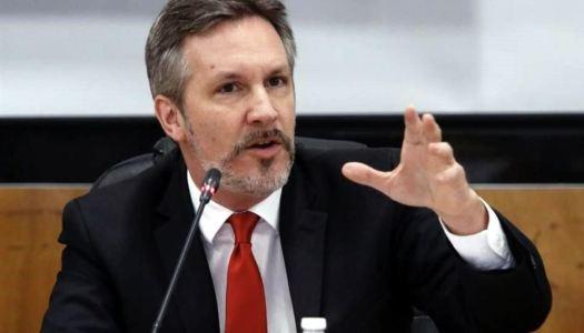AMLO reitera: no habrá censura y respalda a Ackerman