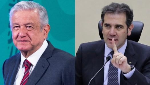 INE insiste en censurar a AMLO y amenaza con amonestarlo