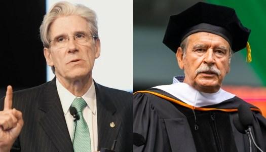 Ex secretario de Salud regala doctorado honoris causa a Vicente Fox
