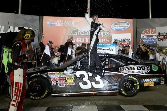 nascar_nationwide_kevin_harvick_victory_lane_83113