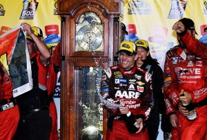 MARTINSVILLE, VA - NOVEMBER 01:  Jeff Gordon, driver of the #24 AARP Member Advantages Chevrolet, celebrates in Victory Lane after winning the NASCAR Sprint Cup Series Goody's Headache Relief Shot 500 at Martinsville Speedway on November 1, 2015 in Martinsville, Virginia.  (Photo by Jonathan Moore/Getty Images)