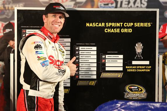 Carl Edwards resurrects title chances with win in rain-shortened Texas race