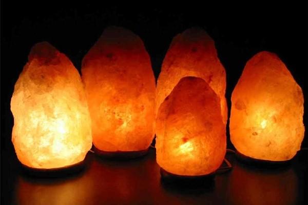 7 priežastys įsigyti Himalajų druskos lempą