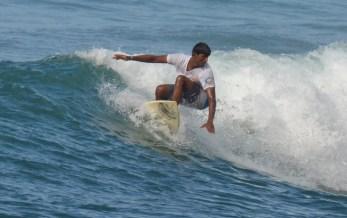 Kavindu Surfing Madiha Surf Point Sri Lanka (4)