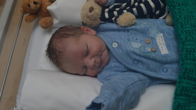 Police release images of abandoned baby Edward in bid to help find mother 1