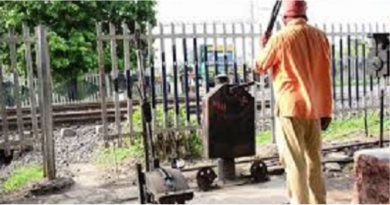 police-arrested-man-for-beating-railway-gatman