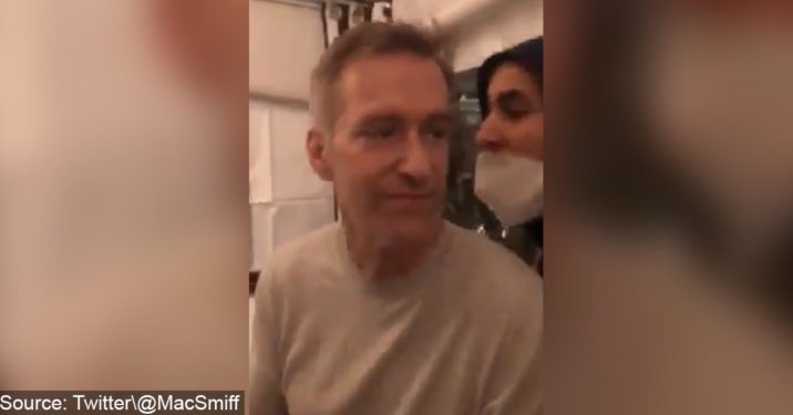 VIDEO: Portland Mayor Punched In Attack By Angry Mob While Eating At Restaurant