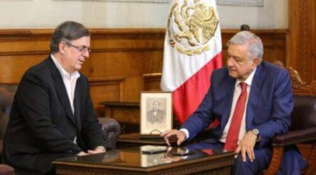 "Gobernador de Michoacán  reclama ""sumisión"" de AMLO a Trump"