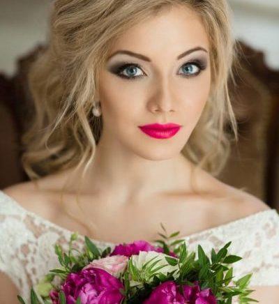Образ невесты для свадьбы в красном цвете