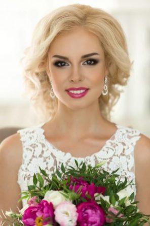 Макияж для свадьбы в лавандовом цвете