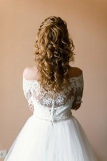 Прическа невесты собранные локоны