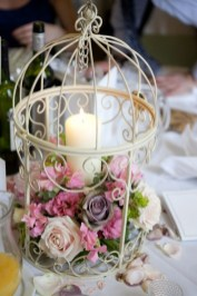 Клетка с живыми цветами на свадьбу