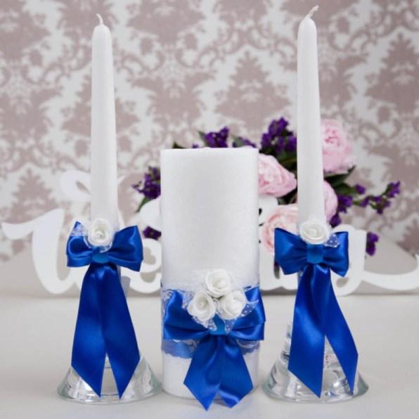 Семейный очаг свеча в синем цвете
