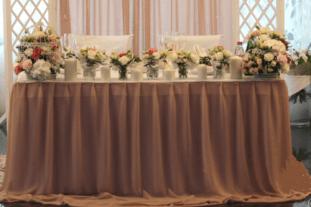 Оформление свадебного зала в бежевом цвете цена