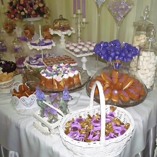 Сладкий стол в лавандовом цвете