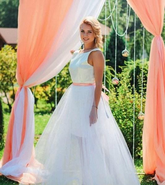 Свадебная арка персиковая фото