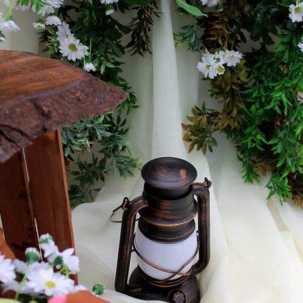 Ретро лампа для рустикальной свадьбы