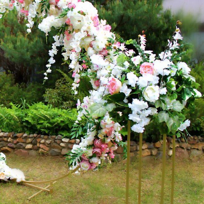 Украшение круглой свадебной арки