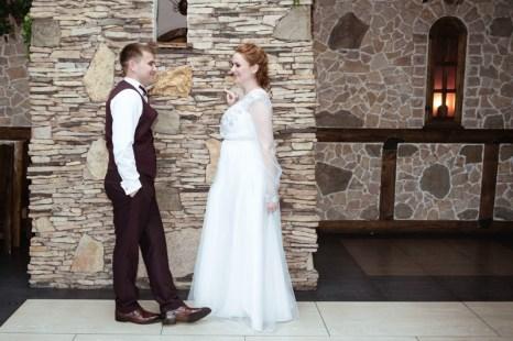 Украшение зала на свадьбу в сером цвете