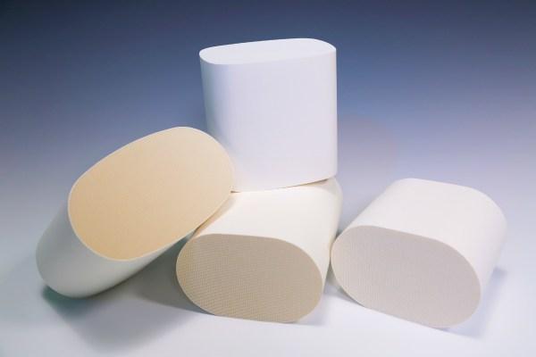 Biały filtr plastra miodu dostosowany do obsługi katalizatorów