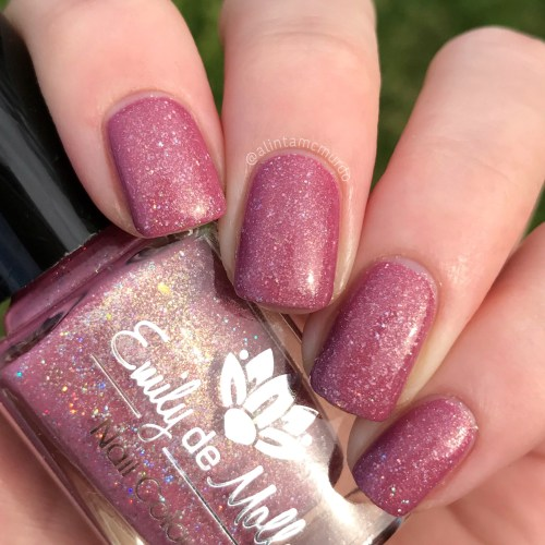 Emily de Molly LE 43 - Polish and Paws Blog