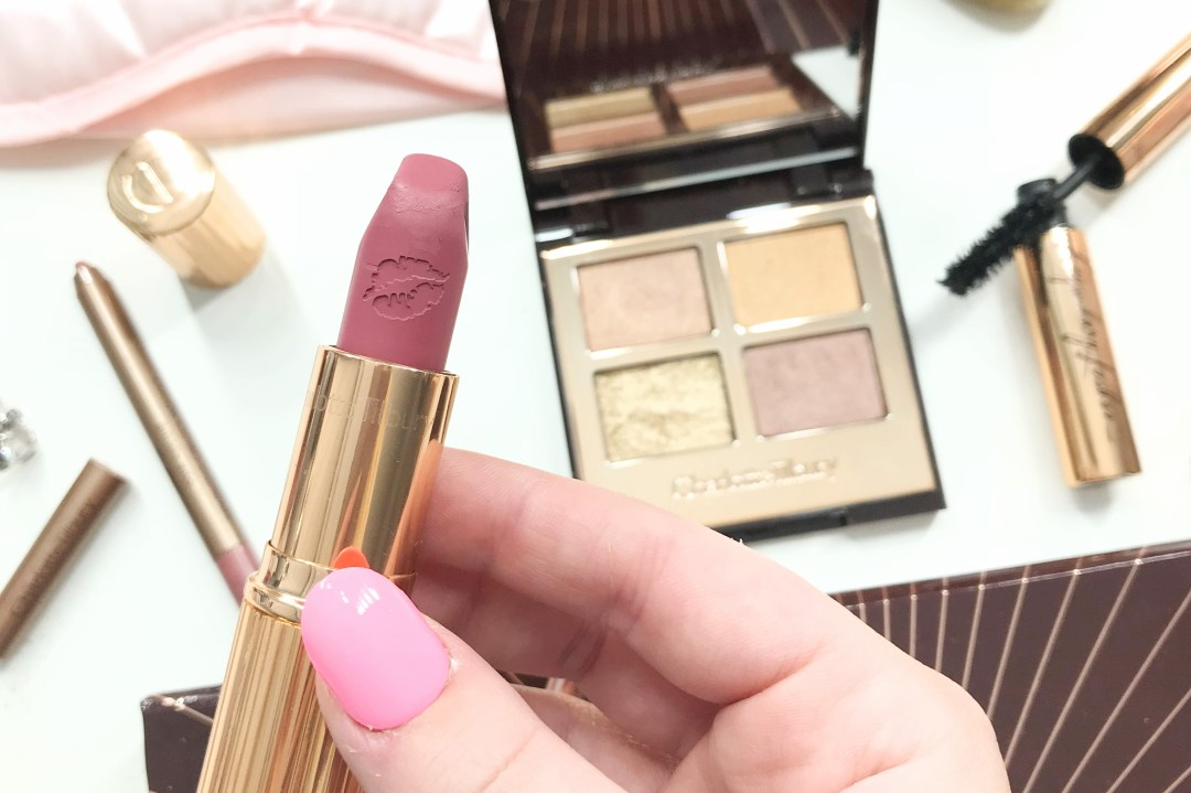 Charlotte tilbury dreamy look in a clutch polished couture