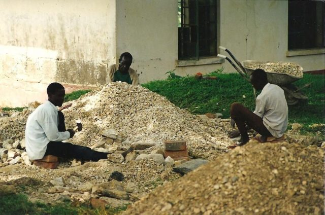 breaking stones for concrete in mbale uganda