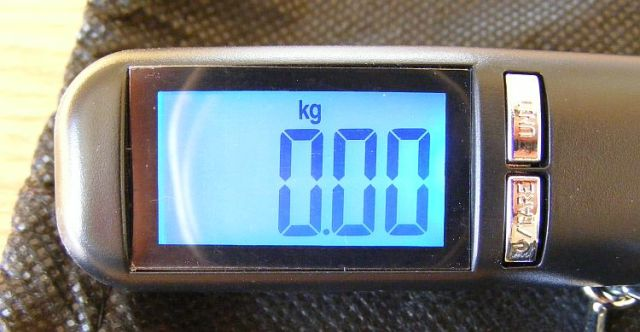 luggage weighing scales from cabin max