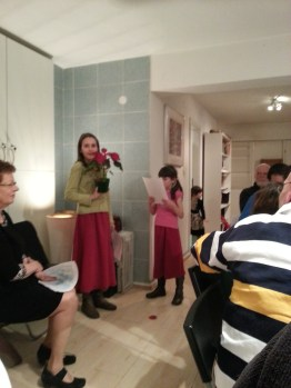 Seder Tu Bishvat- acting out how it is to be a tree