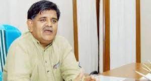 'कोई भी व्यक्ति तिलक लगाकर सामने आ जाए तो नहीं बन सकता मुख्यमंत्री'