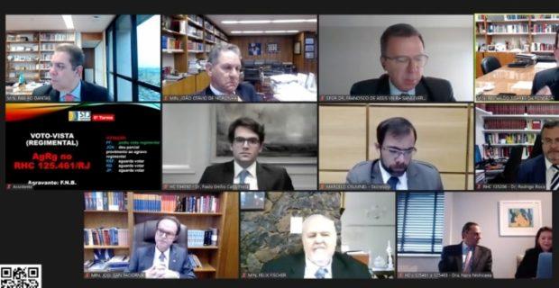No canto inferior direito, o advogado Frederick Wassef acompanha julgamento de Flávio Bolsonaro