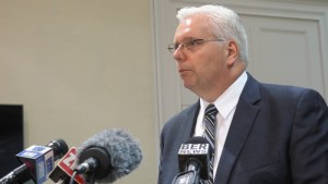 Canada defends handling of Bermuda airport proposal
