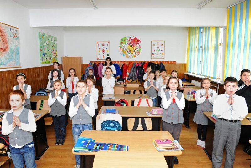 Ora de religie in scoli